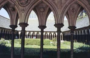 Le cloitre du Mont-Saint-Michel