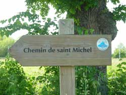 Signalétique des chemins de saint Michel à suivre pour se rendre au Mont